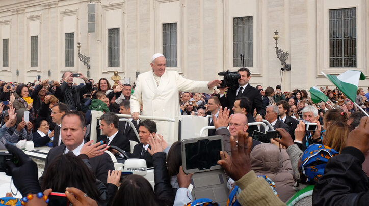 Pope Francis Appeals Libya's Warring Parties To Put An End To Ongoing Civil War