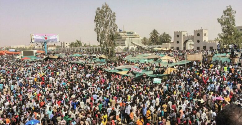 Sudan: Protesters Return To Streets To Mark Anniversary Of Power-Sharing Deal