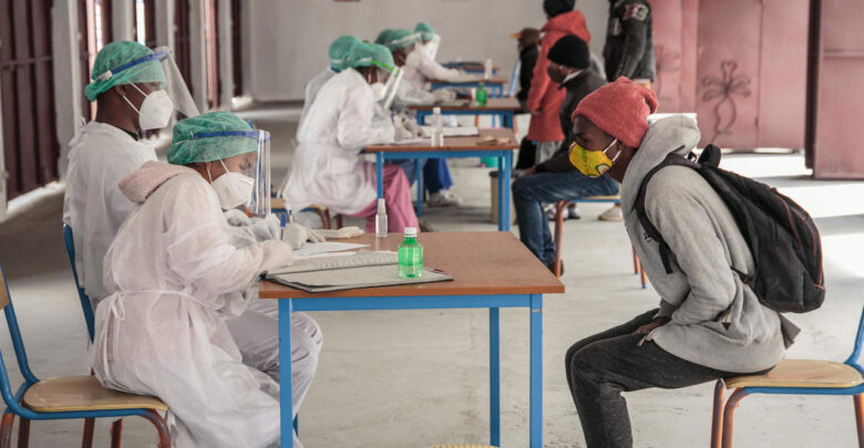 Zimbabwean Government Bars Unvaccinated Public Servants From Work As Deadline Ends
